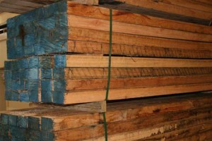 hardwood fence posts